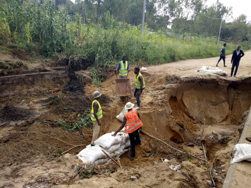 Kinshasa : L'ACCO Makaya-Kindele tente de stopper la 3ème érosion qui menace la route de Kimwenza