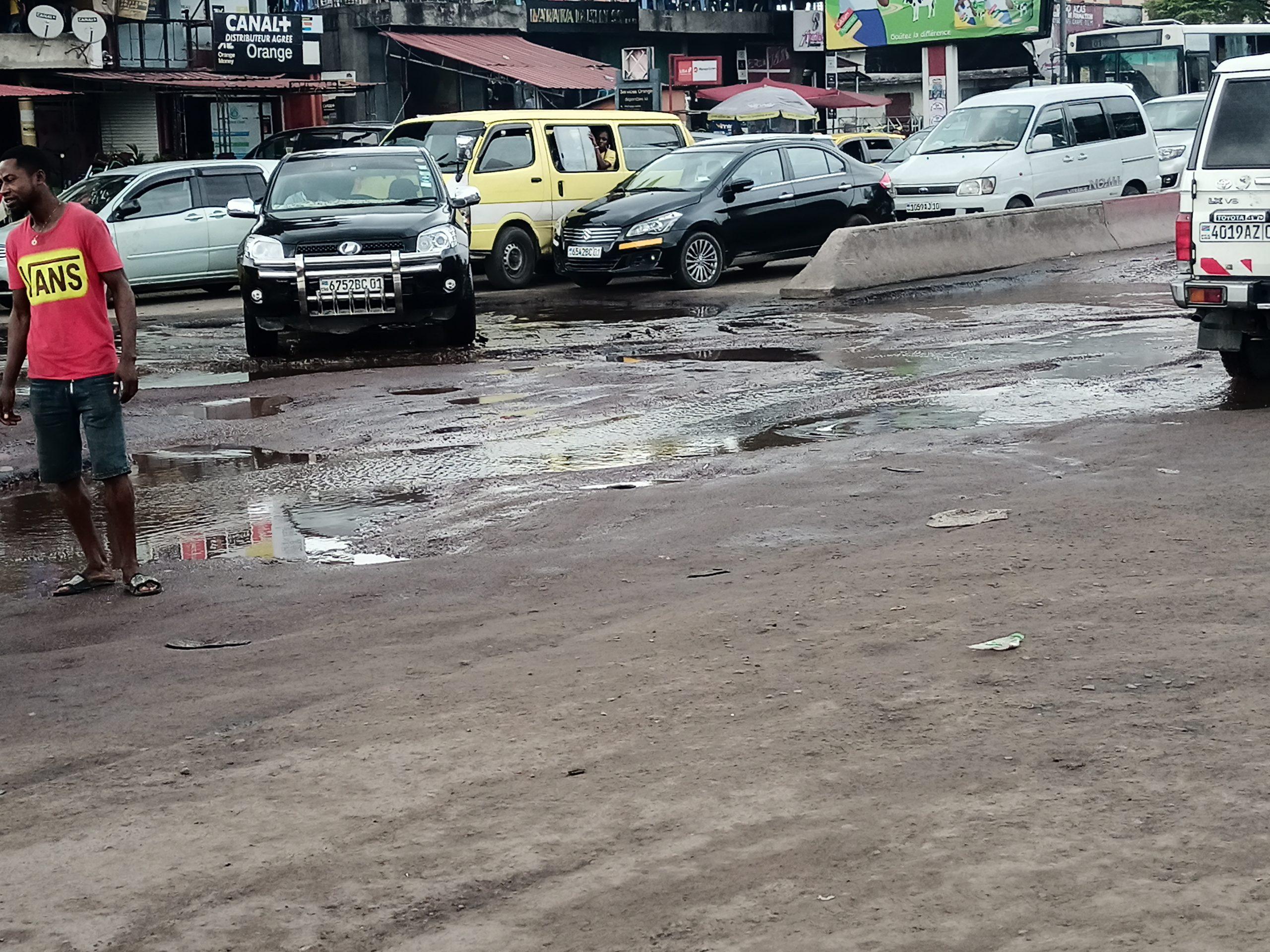 Zéro trou sur les routes de Kinshasa, un nouveau programme du Gouverneur Gentiny Ngobila