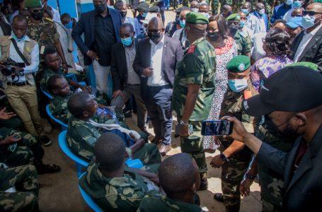 RDC : Le Premier Ministre réconforte les blessés de guerre